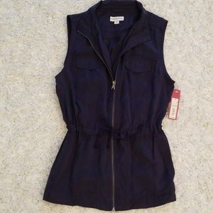 Marina Navy blue zip up vest